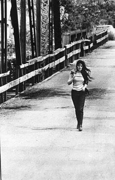 Bobbie Gentry Crossing Tallahatchie Bridge