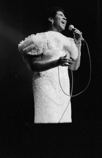 Aretha Franklin, on stage, July 1989